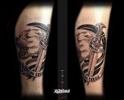 фото татуировки питбуль в стиле черно белые татуировки на голени
