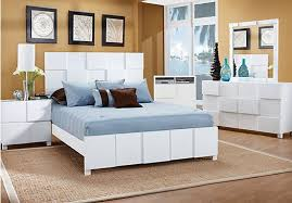 Roxanne Queen White 7Pc Panel Bedroom in 2019 | Maggie | King ...
