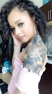 Holly Hendrix hollyhendrix Twitter