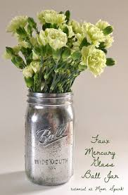 the only thing that could make a ball mason jar a cuter vase is a quick