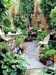 small patio garden small patio garden ideas best small courtyard gardens ideas on small courtyards small