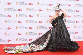 Bafta Award For Best Costume Design Daisy May Cooper Wears Bin Bag Dress To Bafta Tv Awards 2019