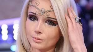 10 pictures of human barbie valeria lukyanova without makeup