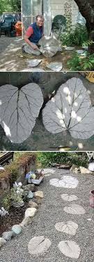 Diy Stepping Stones 23 Diy Stepping Stones To Brighten Any Garden Walk