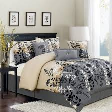 What size is a queen comforter Ella Pinch Comforter Size Queen Bed Sheets Mens Comforters King Comforter And Sheet Sets Queen Size Comforter Size King Size Bed In Bag Comforter Set Nationonthetakecom Comforter Size Queen Bed Sheets Mens Comforters King Comforter And