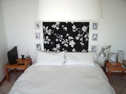 Silver Black And White Bedrooms Black And White Bedroom Wall Decor
