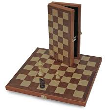 chess set holds classic wooden chess pieces