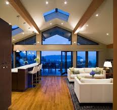 modern house featuring a vaulted ceiling