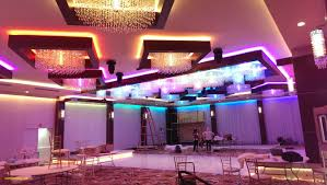 10 awesome chandelier banquet hall