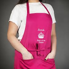 kitchen apron. personalised apron queen of the kitchen