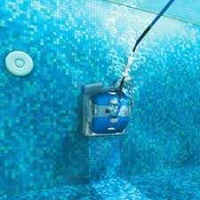 How long should my swimming pool cleaner last