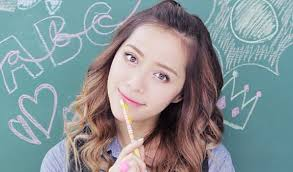 makeupbymandy24 full name amanda steele she started you at the age of 10 when was in