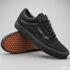 vans shoes black on black. vans \ shoes black on