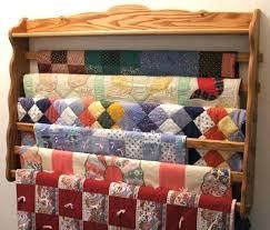 wall quilt hanger wall quilt hangers large six six wall quilt holder yes it holds 6 wall quilt hanger
