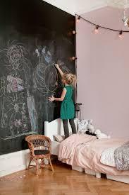 Personlig mix i praktfulla tvrummaren. Kids Chalkboard WallsChalkboard  Wall BedroomChalkboard ...