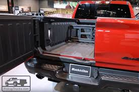 2019 Ram 1500 Video: Multifunction Tailgate Opens Up New ...