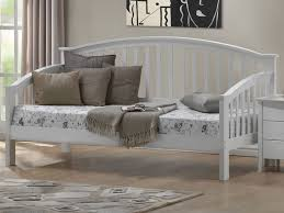 joseph polo white day bed