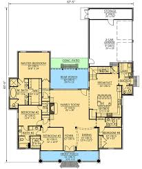 2 bedroom house plans with bonus room above garage elegant acadian style house plans with wrap
