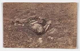 photography and the civil war essay heilbrunn  confederate ier on the battlefield at antietam