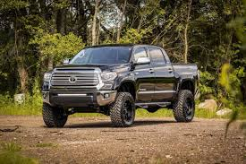 6in Suspension Lift Kit for 07-15 Toyota Tundra   Rough Country ...
