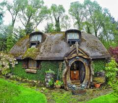 How To Build A Hobbit House So My Uncle Built And Lives In His Very Own Hobbit House Pics