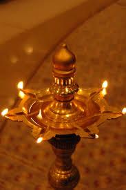 Oil Lamp Light 10 Steps On How To Light An Light Bulb Oil Lamp Lighting