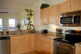 maple kitchen cabinets backsplash. Natural Maple Kitchen Cabinets Backsplash