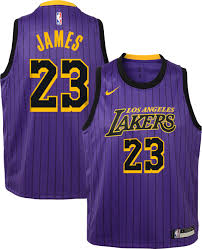 Is Jersey How A Lakers Much The Wearing Of The Inexperienced (and Gold)