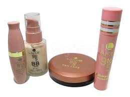 durable lakme cosmetic items and s lakme 9to5 makeup kit in stan izugrsr vlubnoi