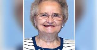 Phyllis Jean Summers Obituary - Visitation & Funeral Information