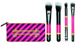 mac makes some of my favorite makeup brushes and for holidays there are four diffe brush sets available in the nuter sweet collection essentials