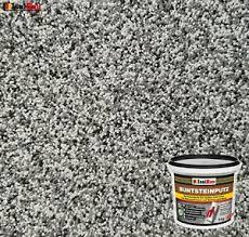 Buntsteinputz ist ein wetterbeständiger natursteinputz und wird aufgrund seiner farbigen natursteingranulate auch als mosaikputz bezeichnet. Mosaikputz Buntsteinputz Bp 20 Grau Weiss Schwarz 5 Kg Fertigputz Sockelputz Ebay