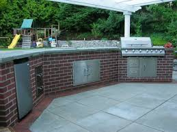 faux brick outdoor kitchen