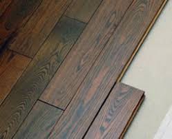 Laminate Flooring that looks like Real Wood  Armstrong Swiftlock Laminate  Flooring | Photo Source: FurnitureFashion.com
