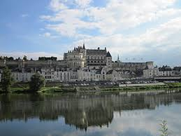 château d amboise on the river loire