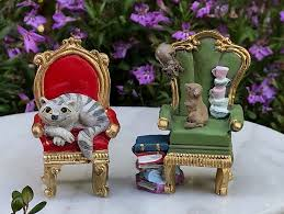 details about miniature dollhouse fairy garden alice in wonderland 2 chairs w cheshire cat