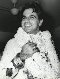 Movie Legend Dilip Kumar passes into ...