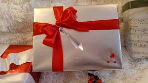golden gift wrapping