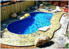 backyard pool decorating ideas
