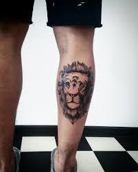 татуировка на голени у парня лев фото рисунки эскизы