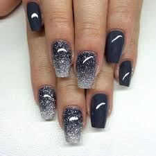 dashing sparkle black nail art perfect for party