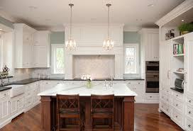 Luxury Kitchen Islands 1 Resized 600