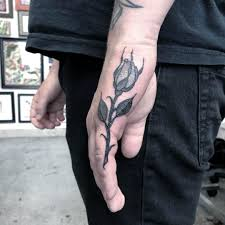 тату на пальцах фото и эскизы значение татуировок на пальцах
