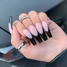 Si quieres uñas acrilicas mate puedes ver el siguiente diseño! Deberias Probar 23 Unas Acrilicas Negras Ahora Blog De Mujeres