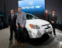 Seeing Future in Fuel Cells, Toyota Ends Tesla Deal - The New York ...