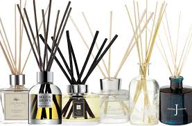 The Gloss Report: 12 reed diffusers reviewed