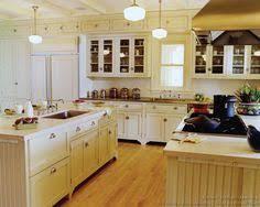 antique white kitchen ideas. #Kitchen Idea Of The Day: Antique White Kitchen Cabinets. (By Crown Point Ideas H