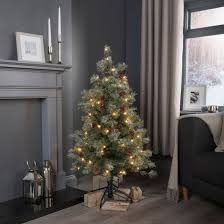 B An Q Christmas Trees Photo Als Fabulous Homes Interior