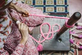 Leheriya <b>Tie</b>-<b>Dye</b>: Leheriya production — Google Arts & Culture