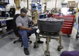 octavus shelton an aircraft engine mechanic repairs a tf34 100 turbofan engine low turbine engine mechanic